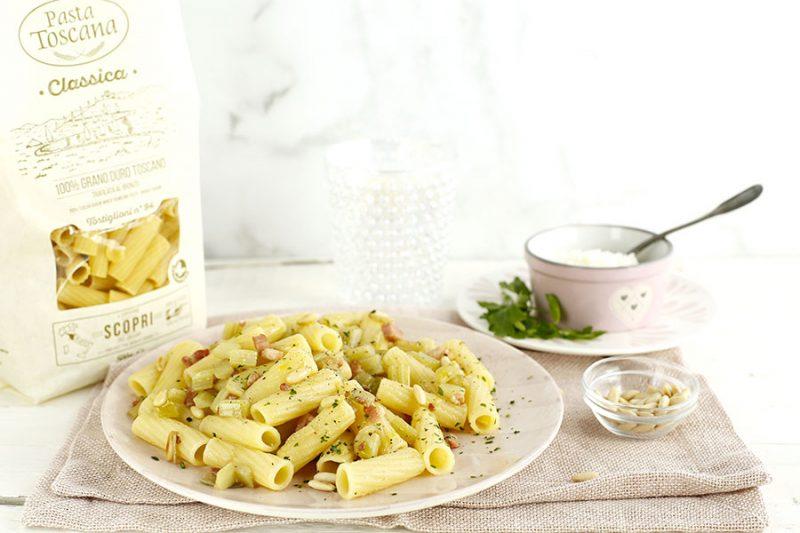 ricetta-pasta-con-cardi-e-pancetta