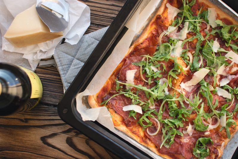 Pizza Maison Proscuitto crudo Parmigiano et Roquette - Pauline&Olivier